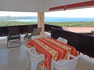 Apartment with billionair´s view - Dauis vacation rentals