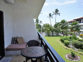 Popular Casa de Emdeko Complex #202 - AC Included! - Kailua-Kona vacation rentals
