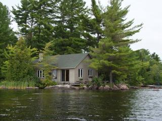 """""""Point of Views"""" in the Kawartha Lakes - Lakefield vacation rentals"""
