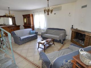 Villa a 4 km da porto pino - Sant'Anna Arresi vacation rentals