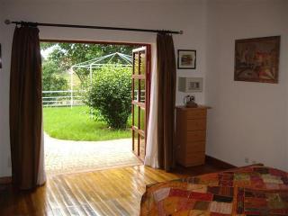 2p-Chambre IRIS à Villa V pool WiFi resto terrasse - Antananarivo vacation rentals