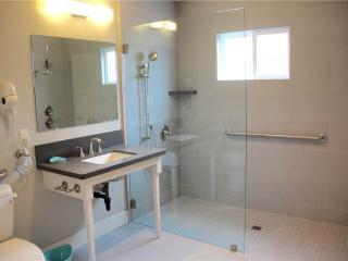 1202 S Pacific (6bd) - Oceanside vacation rentals