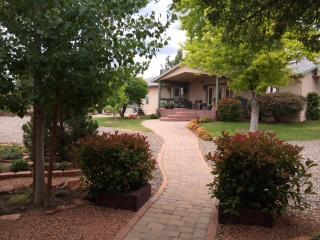 Kapila Gardens One Bedroom Apartment Sleeps 4 - Cottonwood vacation rentals