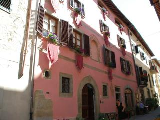 La Finestra sul Borgo - Laterina vacation rentals