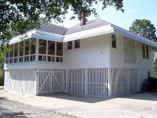 9 Shirley Road - Classic Tybee Beach House - Close to the Beach! - Tybee Island vacation rentals