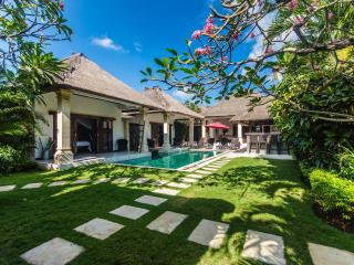 3 Bedroom Private Pool Villa Central Seminyak - Seminyak vacation rentals