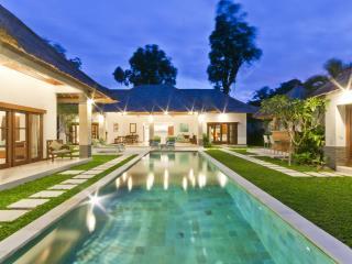 5/6 Bedroom Private Pool Villa Central Seminyak - Seminyak vacation rentals