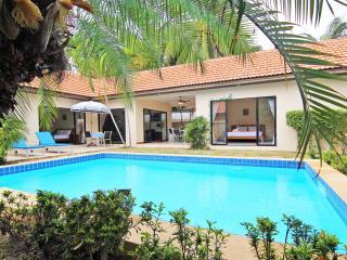 600M. from the beach, Talay Time Pool Villa - Pattaya vacation rentals