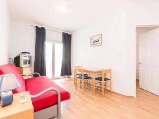 Apartments Matkovic - Makarska vacation rentals