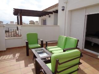 Fantastic 2 bed 2 bath frontline golf townhouse - Torre-Pacheco vacation rentals