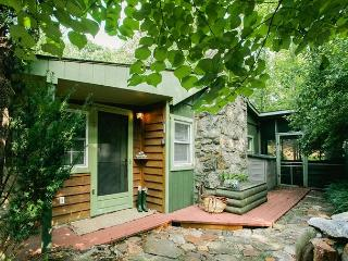 Charming Cottage with Deck and A/C - Fairview vacation rentals