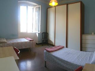 Stanza doppia in zona Genova brignole - Genoa vacation rentals