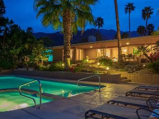 Above it All~ NEW HOME SPECIAL TAKE 20%OF ANY 5NT STAY THRU 12/28 - Palm Springs vacation rentals