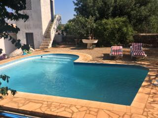 Salir Loule Pretty detached 300 year old Farmhouse - Loule vacation rentals