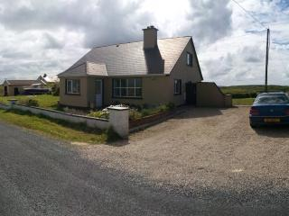 Carrickfinn Holiday - Annagry vacation rentals