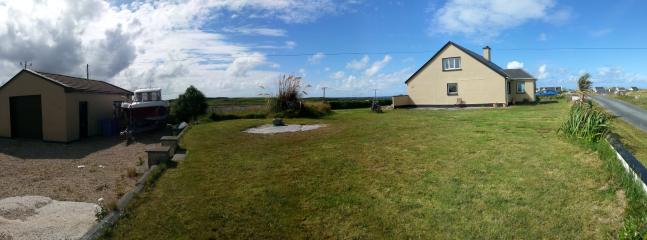 Lovely House with Dishwasher and Kettle - Annagry vacation rentals