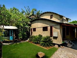 The Wave House - 3 Bedroom House & Studio - Byron Bay vacation rentals