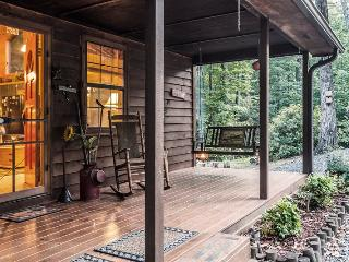 Heavenly Peace - Find it here the Blue Ridge mountains with this classic, secluded vacation cabin - Blue Ridge vacation rentals