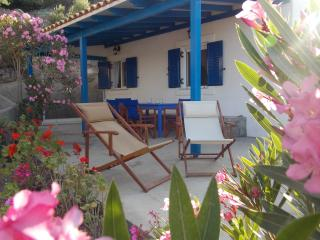 Lovely 2 bedroom House in Travasarianika with Internet Access - Travasarianika vacation rentals