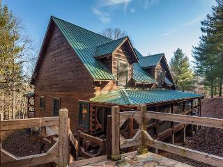 Little Piece of Heaven - This vacation cabin is located just north of Blue Ridge about 2 miles. - Blue Ridge vacation rentals