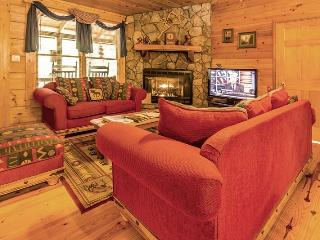 Nice House with Deck and Internet Access - Blue Ridge vacation rentals