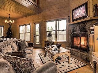 R&R Retreat - Spectacular Long Range Mountain Vie - Blue Ridge vacation rentals