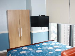 two bedroom with amazing view - Makati vacation rentals