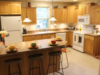 Walk to downtown. Large deck and private parking! - Jim Thorpe vacation rentals