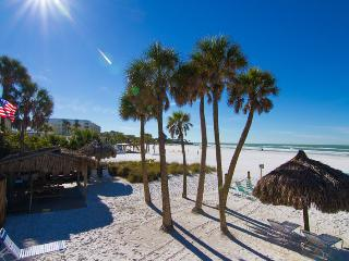 Sea Shell Condo-Right On Crescent Beach-Siesta Key - Siesta Key vacation rentals