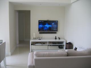 Nice 3 bedroom Santana de Parnaiba Apartment with Balcony - Santana de Parnaiba vacation rentals