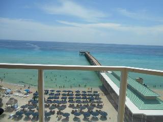 LA PERLA CONDOMINIUM UNIT #803- 1/1 OCEAN FRONT - Sunny Isles Beach vacation rentals