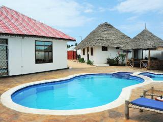 3 bedroom House with Internet Access in Kiwengwa - Kiwengwa vacation rentals