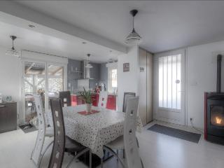 Bright 3 bedroom Ski chalet in Dommartin-les-Remiremont - Dommartin-les-Remiremont vacation rentals
