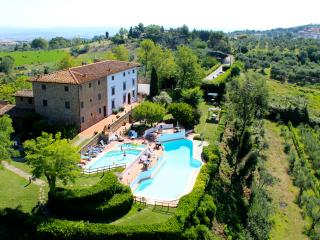 Borgo La Casaccia - Wifi, Garden and 2 Pools - Montaione vacation rentals