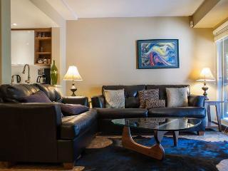 Stoney Creek Sunpath 26 - Deluxe 3 bedroom, village location, private hot tub - Whistler vacation rentals