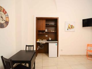 1 bedroom Apartment with Internet Access in Naples - Naples vacation rentals