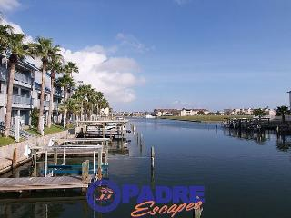 Come enjoy this Waterfront Hideaway for Two! - Corpus Christi vacation rentals