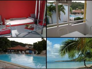 Your Condo in residence with pool on the R - Sainte-Anne vacation rentals