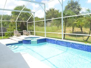 Luxurious 4BR/2BA Golf View Villa, Sunny Pool &Spa - Kissimmee vacation rentals
