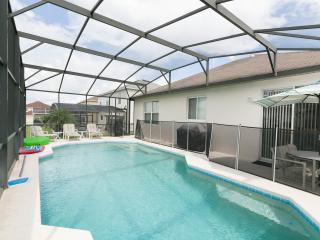 3 Bedroom Disney Pool Home that sleeps up to 6 - Davenport vacation rentals