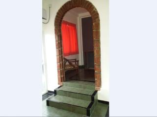 FULLY FURNISHED 1 AC BEDROOM APARTMENT IN DEHIWALA - Colombo vacation rentals