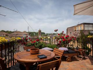 Among Trastevere rooftops - Rome vacation rentals