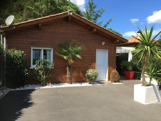Nice Chalet with Internet Access and A/C - Labenne vacation rentals