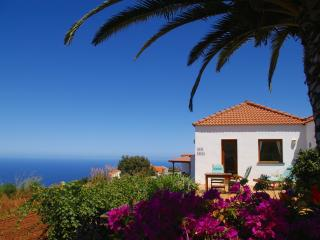 Casa Lucia, west side, stunning sea views, WiFi - Puntagorda vacation rentals