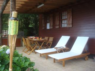 Nice Cabin with Internet Access and Satellite Or Cable TV - Prainha de Baixo vacation rentals