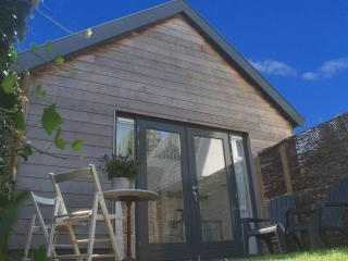New guesthouse with sauna near sea in Bergen - Bergen vacation rentals