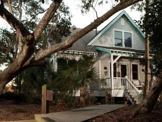 Bright 5 bedroom Bald Head Island House with Internet Access - Bald Head Island vacation rentals
