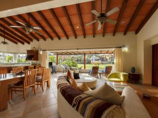 LUXURIOUS AND AFFORDABLE ACROSS FROM GRAND MAYAN - Los Cabos vacation rentals