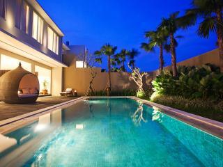 5 BR villa with private pool At Semiyak - Seminyak vacation rentals