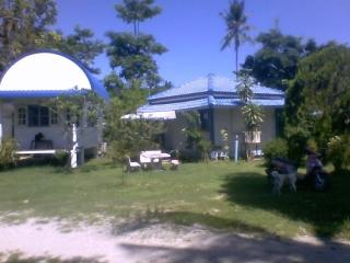 NM Beach huts - Koh Phangan vacation rentals
